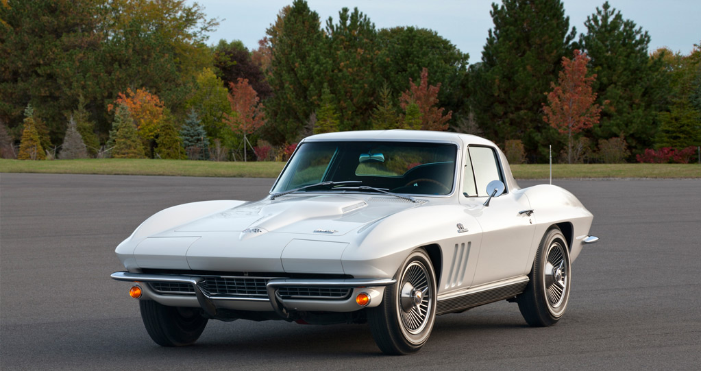 1966 Chevrolet Corvette in Ermine White