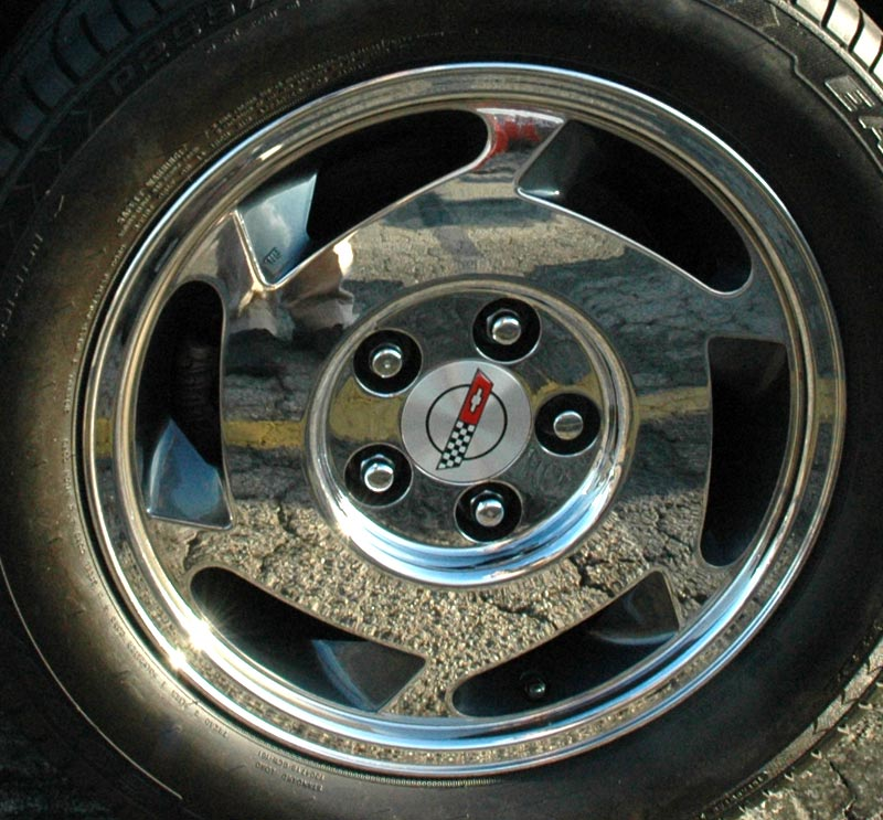 1988 Chevrolet Corvette Standard Wheel