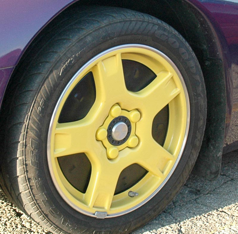 1998 Chevrolet Corvette Indy 500 Pace Car Wheel